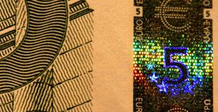 Etichette anticontraffazione con banda ottica