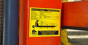 etichette-segnaletiche-esterno