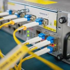 Firewall e software per proteggere reti e garantire sicurezza sul lavoro
