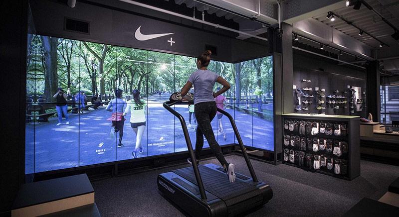 Nike Rivoluziona Il Negozio Da Concept Store A