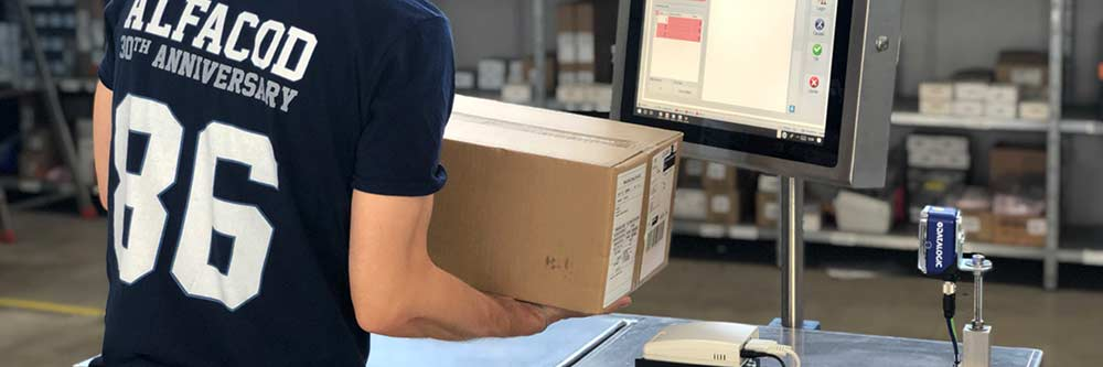 scansione barcode pacco su carrello Alfacod